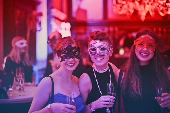 "Argento La sua /& stilato Halloween Maschera Set MASQUERADE PARTY /""AURORA/"" Nero"